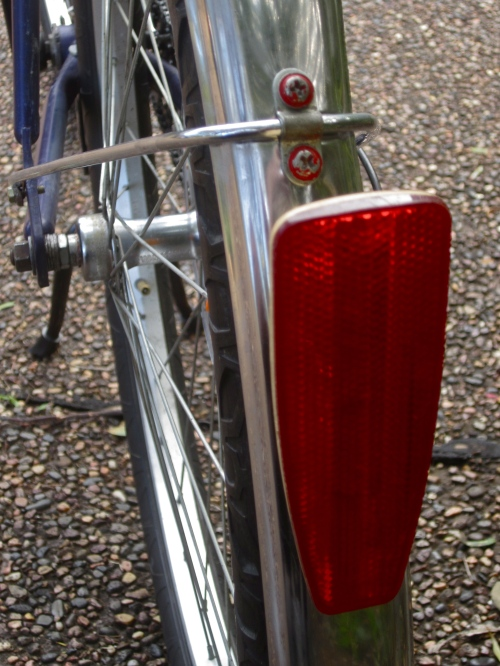 swanky cateye rear reflector and apollo guards