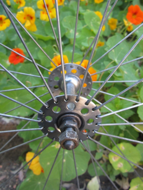 the front wheel radially spoked
