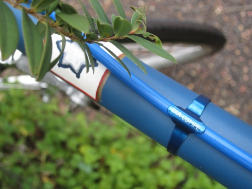 d-c cable clamps - in blue !