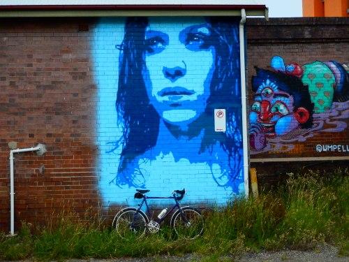commuting - newcastle street art