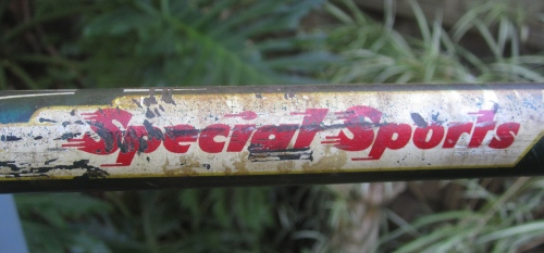 the top tube decal is - at this age - usually badly worn